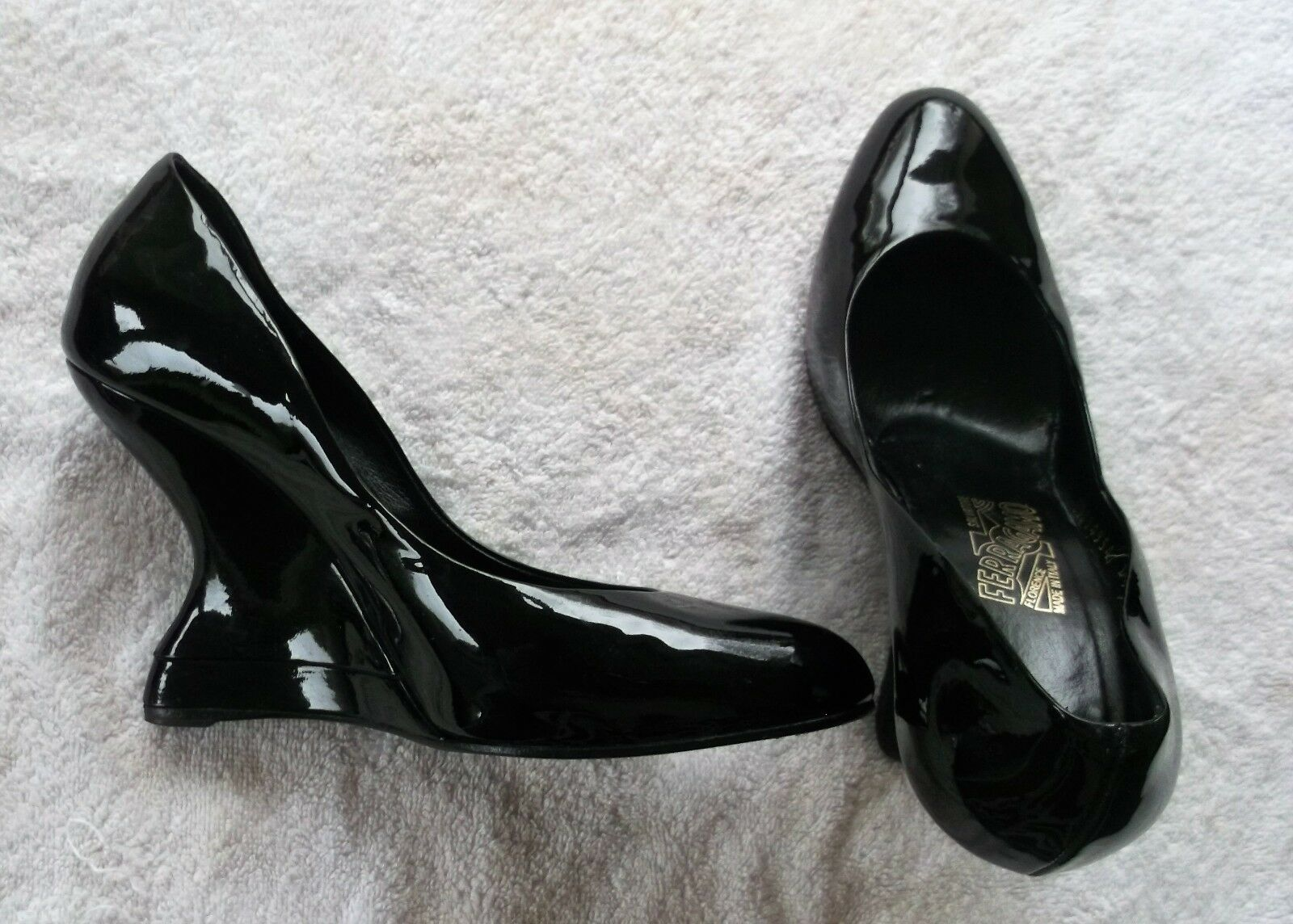 Vintage F F F wedge black patent leather Salvatore Ferragamo shoes size 8.5 651bef