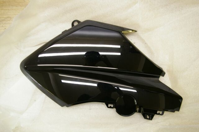 Yamaha YP400R YP X-MAX 400 front upper body cover 1SD-F835H