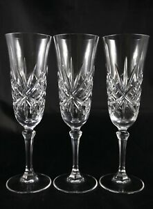 3-Stunning-Vintage-Lead-Crystal-Champagne-Flutes-Prosecco-Glasses