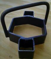 Cookie Cutter Trap Bedder 2: Most 2 Square Jaw Coil Spring Traps