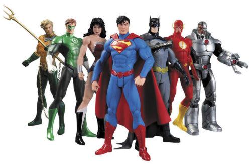 Action Figure 7 Supereroi Lanterna Superman Batman Wonder Flash Verde Aquaman