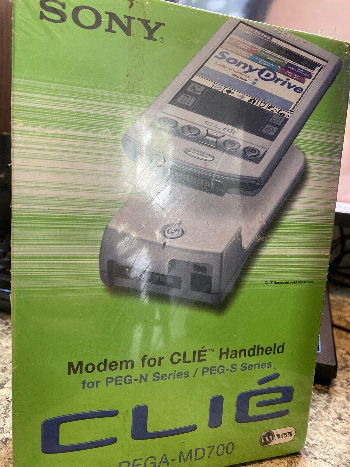 NEW Sealed Sony PEGA-MD700 56 Kbps Modem For CLIE Handheld PEG N/S Series