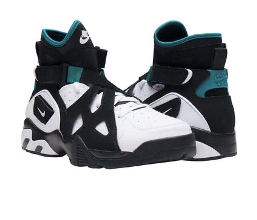 New NIKE AIR NON LIMITATA RETRO nero nero  EMERALD MANN scarpe da ginnastica Sz 11 889013 -001  nuovo di marca