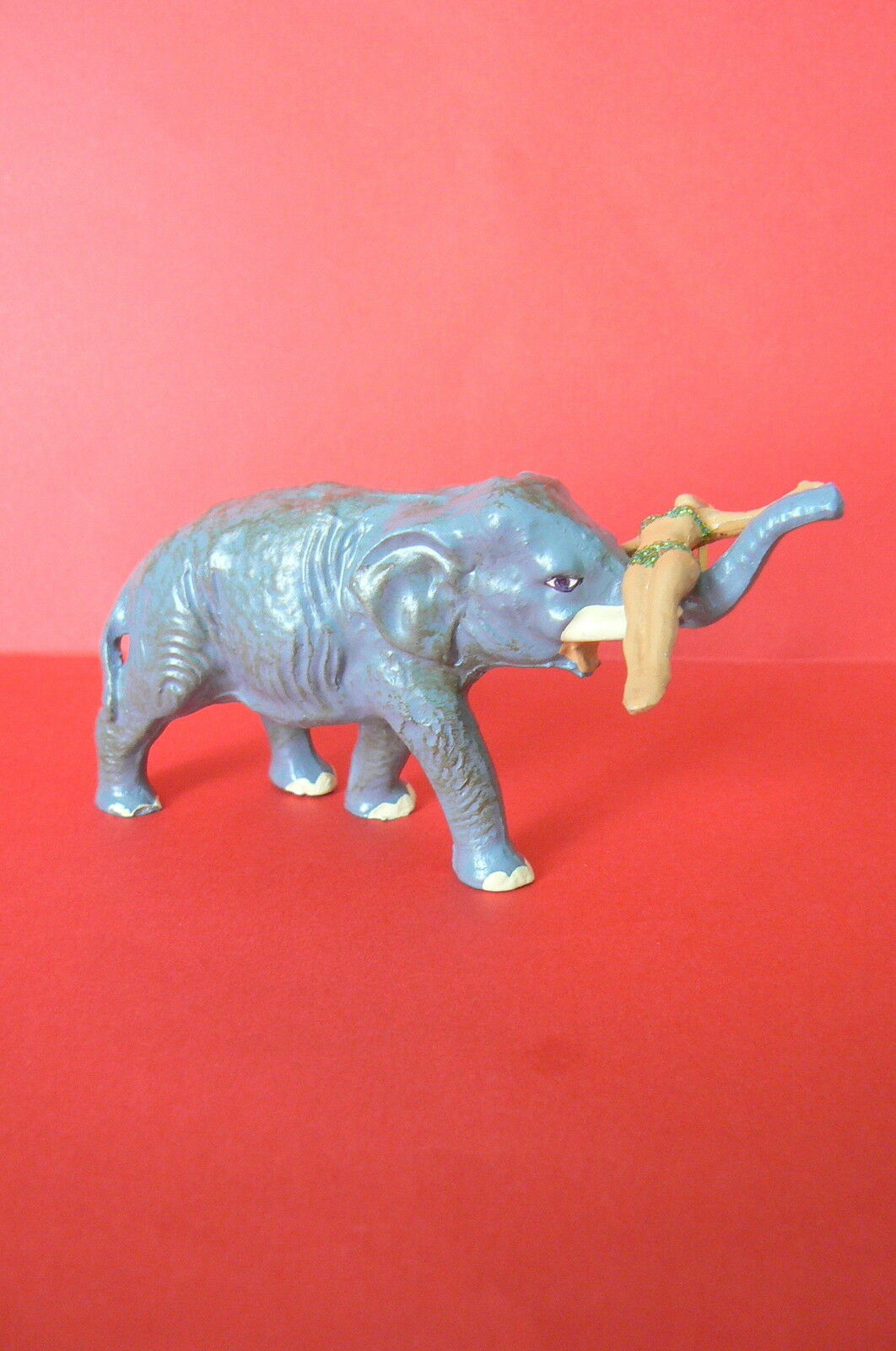 NEW CIRCUS LUCOTTE   GREAT ELEPHANT WITH FLYER