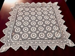 VINTAGE-HAND-CROCHET-White-Cotton-Table-Cloth-31X31-INCHES