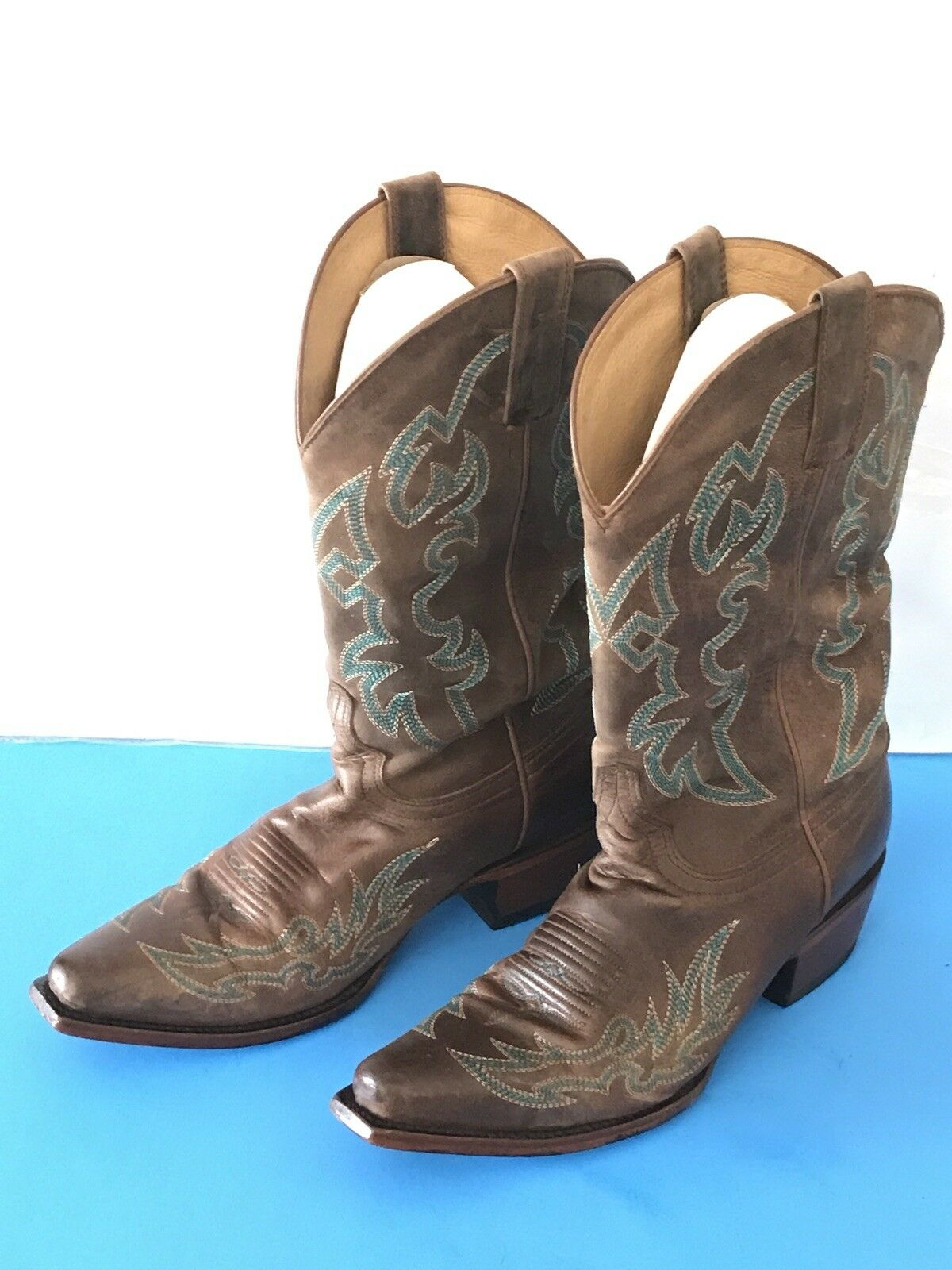 Shyanne Donna Snip Toe Cowboy Boot with Teal Embroidery