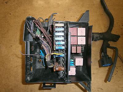 renault fuse box    fuse       box    relays fuses vauxhall vivaro    renault    trafic     fuse       box    relays fuses vauxhall vivaro    renault    trafic