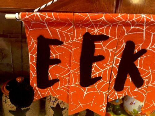 Primitive Halloween EEK Sign Door Wall Hanging Wreath Harvest Halloween Decor