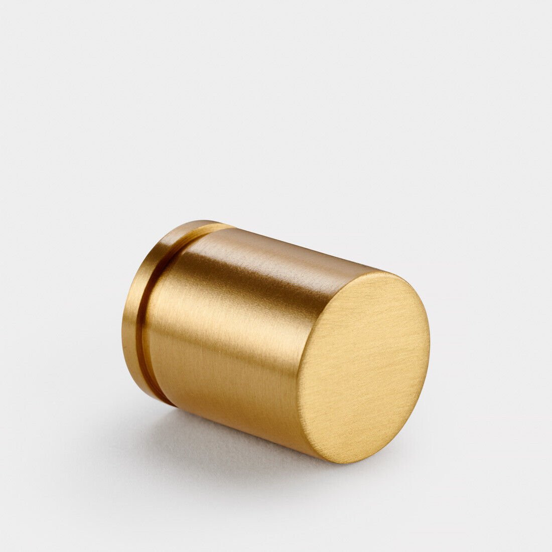 American modern simple cabinet door drawer cabinet handle brass single hole cabinet handle pull handle R7