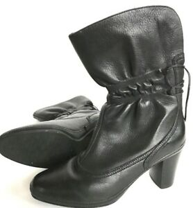 Clarks-Artisan-Black-Soft-Leather-Boots-Heels-Ruched-Women-039-s-9M-73569-Excellent