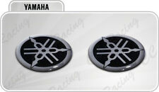 2 Adesivi Resinati Stickers 3D YAMAHA 3 cm nero