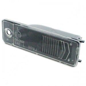 Jeep-Grand-Cherokee-WJ-WG-Kennzeichenleuchte-Kennzeichenbeleuchtung-Mopar-99-04