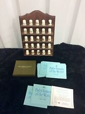 Franklin Mint Thimble Collection Baby Animals of the World Wood Shelf Wall rack