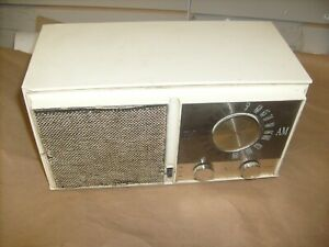 Zenith-Model-M723-AM-FM-AFC-Mid-50-039-s-Tube-Radio-No-Cord-Movie-Prop