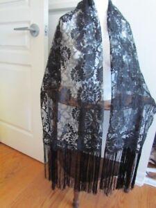 Black-Floral-Lace-Mantilla-Antique-Vintage-Church-Scarf-Wrap-Mourning-Veil