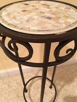 24 Pearl Tile Metal Iron Garden Plant / Phone Stand Corner Table Black Wrought