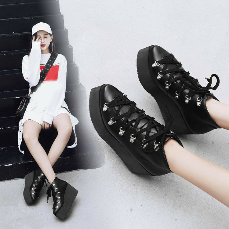 Women's Punk Platform Creepers Lace Up Pointed Toe Wedge Heels Motor Biker Boots
