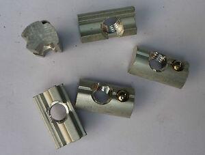 Nutensteine-10x13mm-M8-L-22-100-Stueck-ALU-mit-Edelstahlkugel
