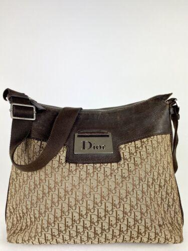 Christian Dior Street Chic Trotter Shoulder Bag 3d