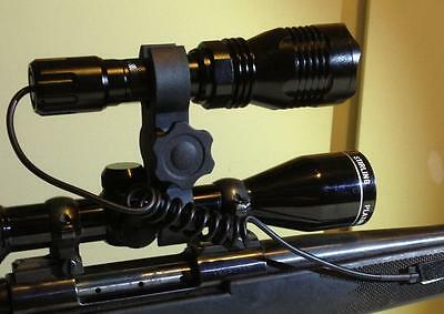 ADJUSTABLE GUN MOUNT LED FLASH LIGHT TORCH SCOPE HUNTING AUSTRALIAN SELLER