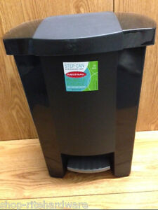 new mistral 8 gal black plastic kitchen step on garbage trash can wast basket ebay. Black Bedroom Furniture Sets. Home Design Ideas