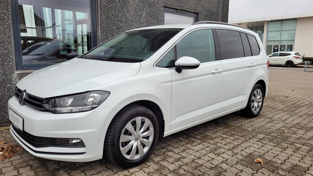 VW Touran 1,5 TSi 150 Comfortline 7prs 5d - 299.890 kr.