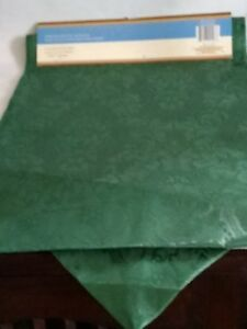 """Christmas Red/&Green Diagonal Stripe Table Runners 12/""""x72/"""" or 14/""""x108/"""""""