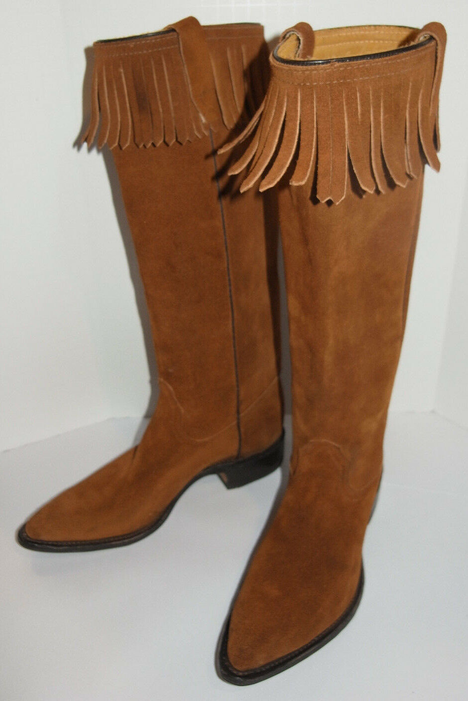 WOMEN'S UNUSED 1970s SUEDE LEATHER 15  BOOTS WITH FRINGES  NEW  MADE IN USA 5.5C
