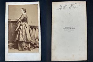 Disdéri, Paris, Mademoiselle Wavi, comédienne Vintage cdv albumen print CDV, t