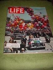 LIFE MAGAZINE MARCH 27 1964 CHARLES DE GAULIE MEXICO CITY