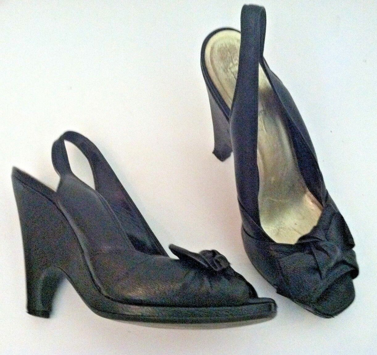 Miu Miu 37.5 6.5  schwarz Leder pin up high heel bow slingback peep toe