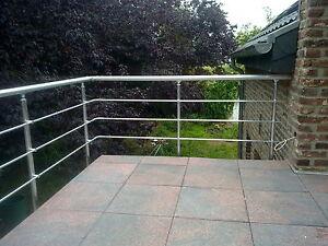 Balkongelaender-Sprossen-waagerecht-Balkon-Gelaender-Aluminium