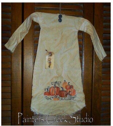Prim WALL Primitive Decor PUMPKIN PATCH NIGHTSHIRT,Autumn,Fall Grungy,Cupboard