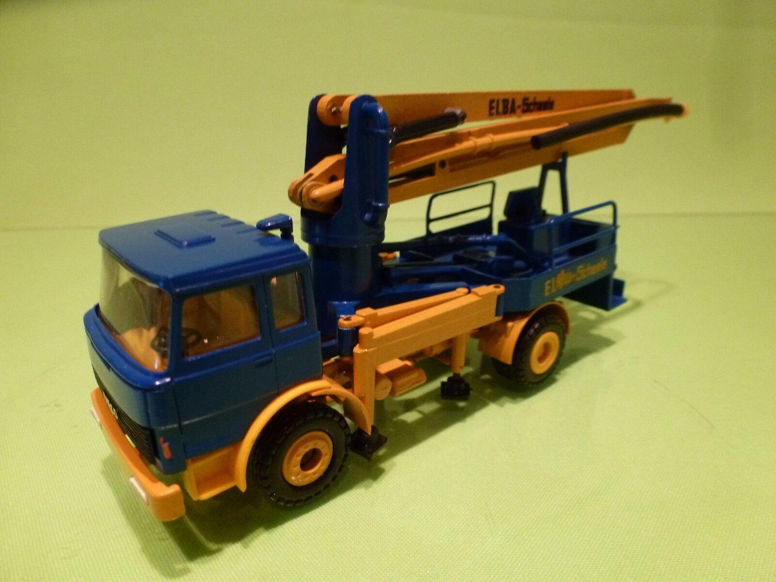 CONRAD IVECO TRUCK - ELBA SCHEELE - CONCRETE BETONPOMPA  - azul 1 50 - GC