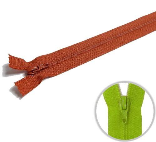 850 YKK Kunststoff Kleider /& Kissenbezüge Reißverschluss 60cm rost
