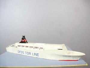 Fabricant inconnu Modèle en métal blanc de Dfds Tor Line Britannia (entonnoir noir)