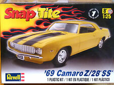 Revell Monogram 1:25 '69 Camaro Z/28 SS Car Model Kit