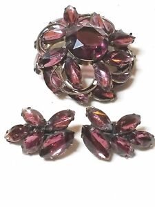 Vintage-MADELEINE-Brooch-and-Earring-Set-by-DeLizza-and-Elster-Purple-Stones-Nav