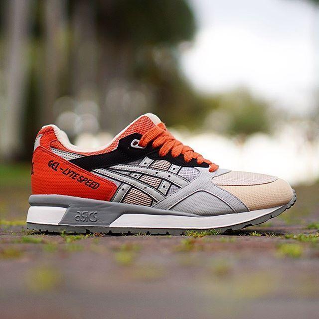 Men's Asics Gel Lyte Speed Athletic Fashion Sneakers H614N Grey Black orange