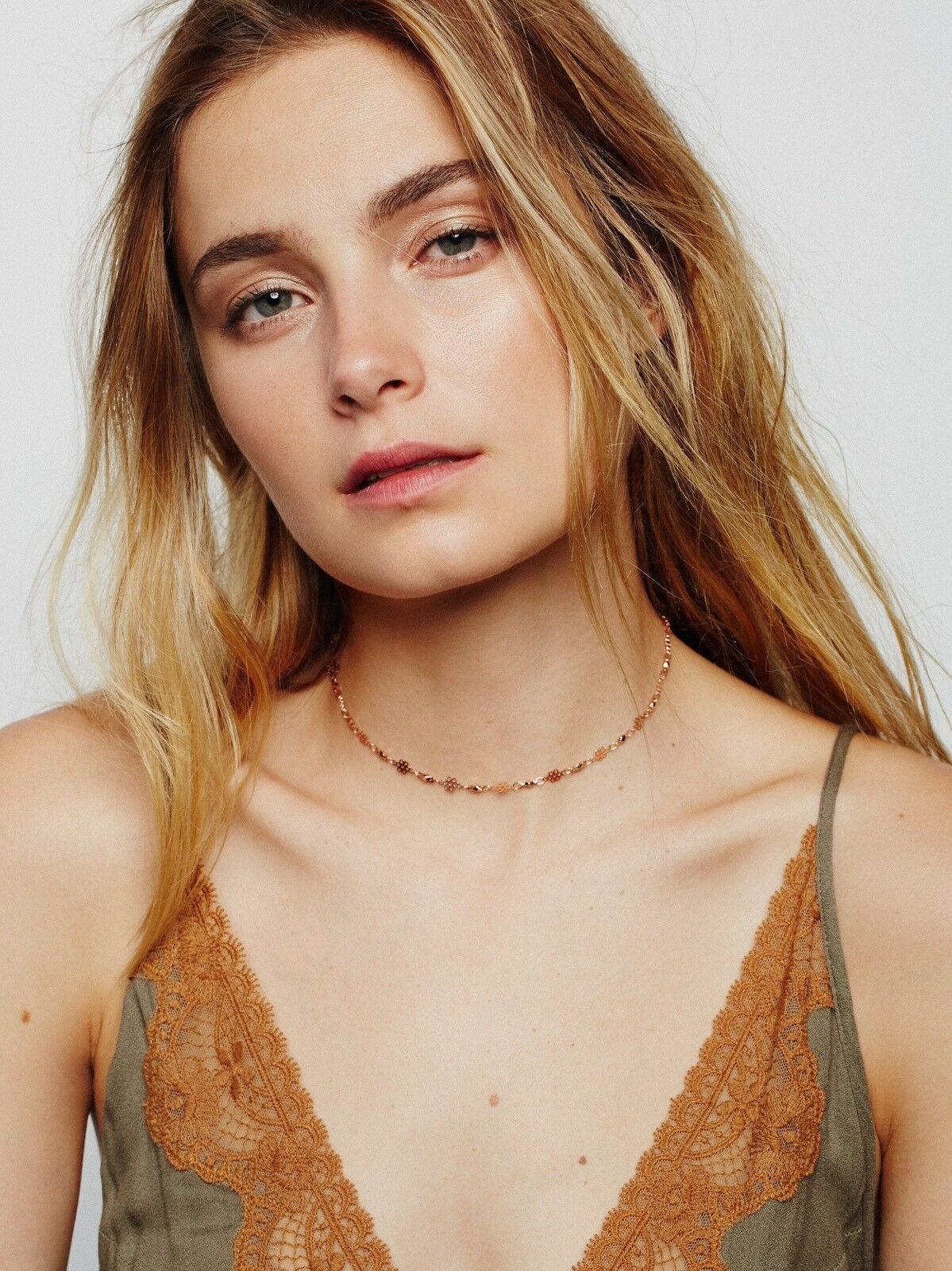 Free People Flower Bomb Delicate Choker New MSRP   78 pink gold Lili Claspe