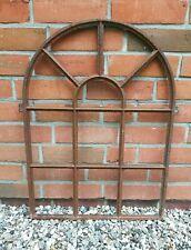 altes Fenster aus Gusseisen - antikes Stallfenster - echte Wertarbeit !