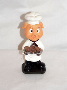NEW-BOBBLEHEAD-PIG-PIGLET-CHEF-HOLDING-A-TRAY-OF-TURKEY-LEGS-STATUE-FIGURE-6-034