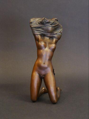 Bronze Figur Skulptur Frauenakt erotisches Modell 16,5x6x10 cm 8510