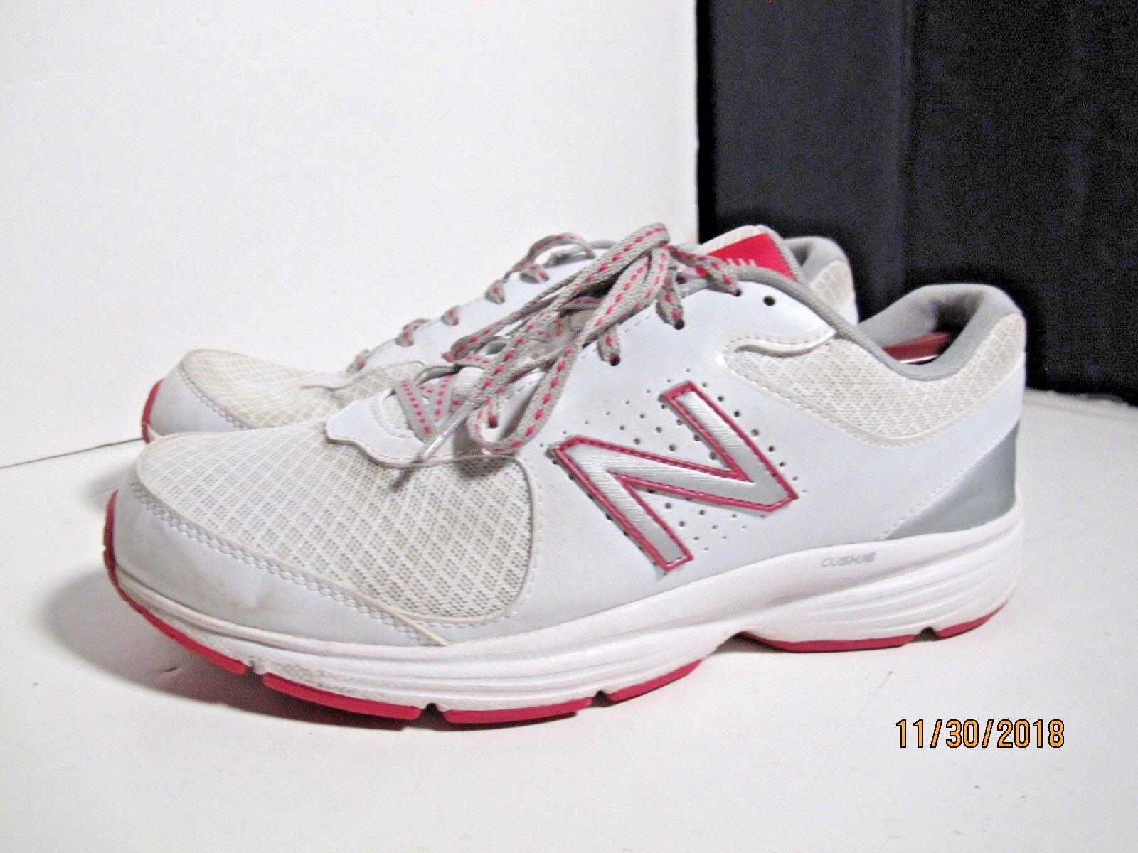 New Balance Women's 411v2 Walking Shoes
