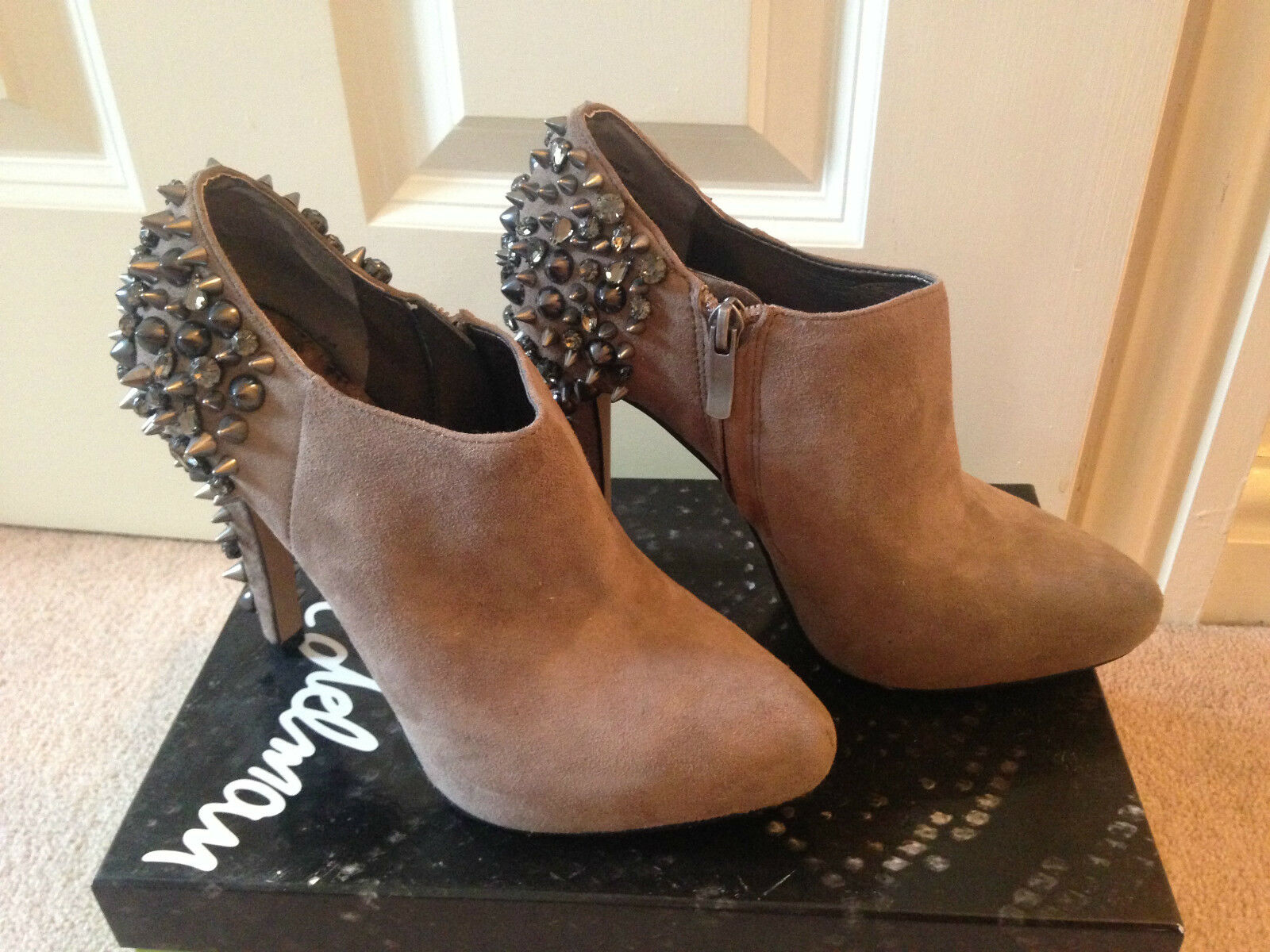 BNIB SAM  EDELMAN RENZO PUTTY BEIGE SUEDE STUDIO SPIKE scarpe stivali UK 36 US 6  bellissimo