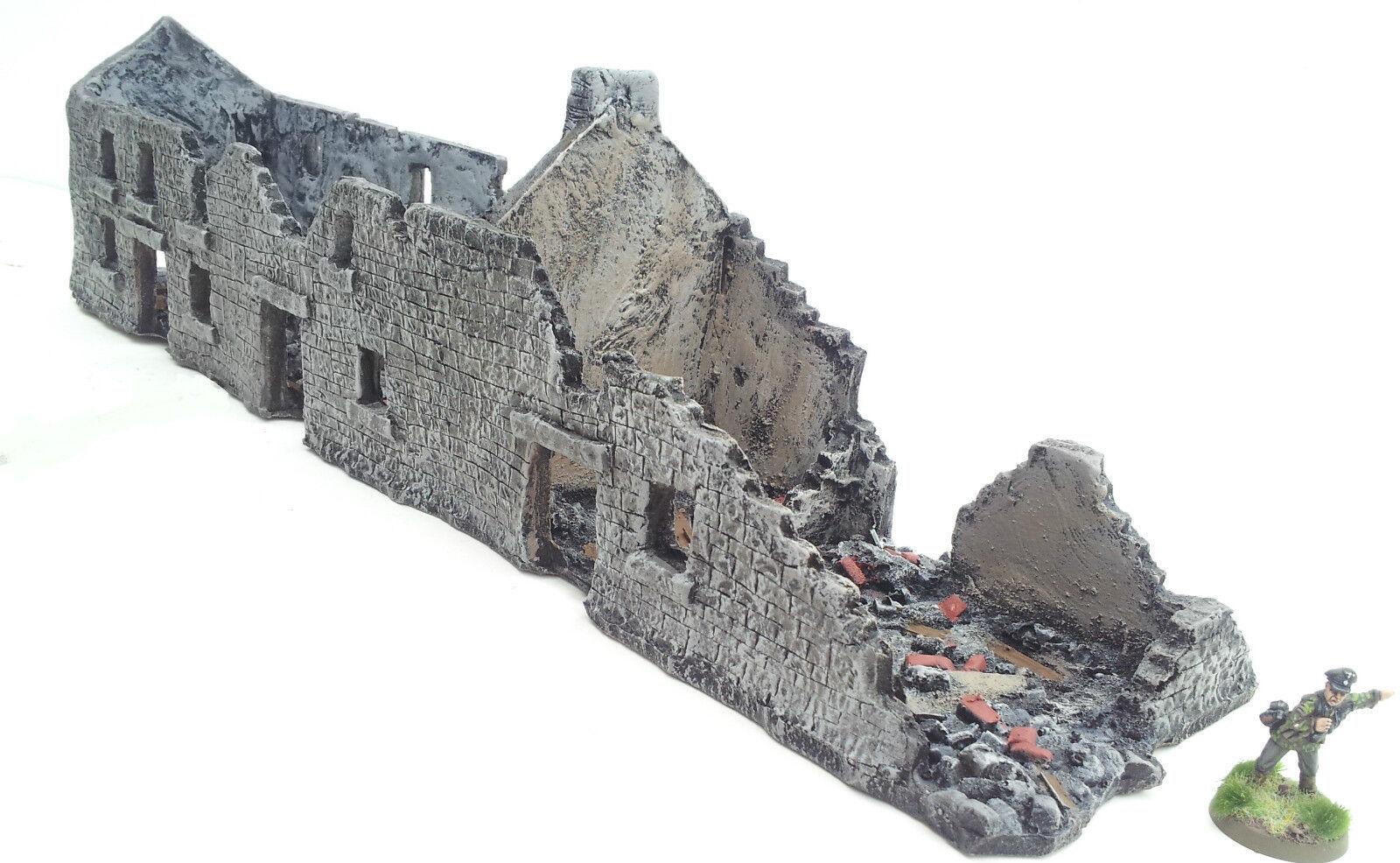 World War 2 Mandertory Miniatures 28mm Normandy Ruined Tenement, Bolt Action