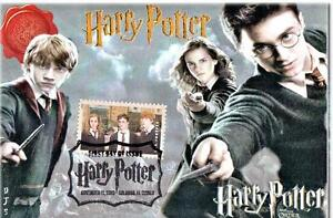Harry-Potter-034-3-Wands-034-Stamp-FDC-on-4x6-Postcards-DJSPhotoCollages