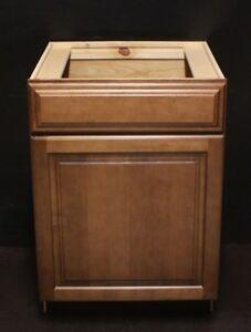 Kraftmaid Cognac Maple Kitchen Base Cabinet / Bathroom ...
