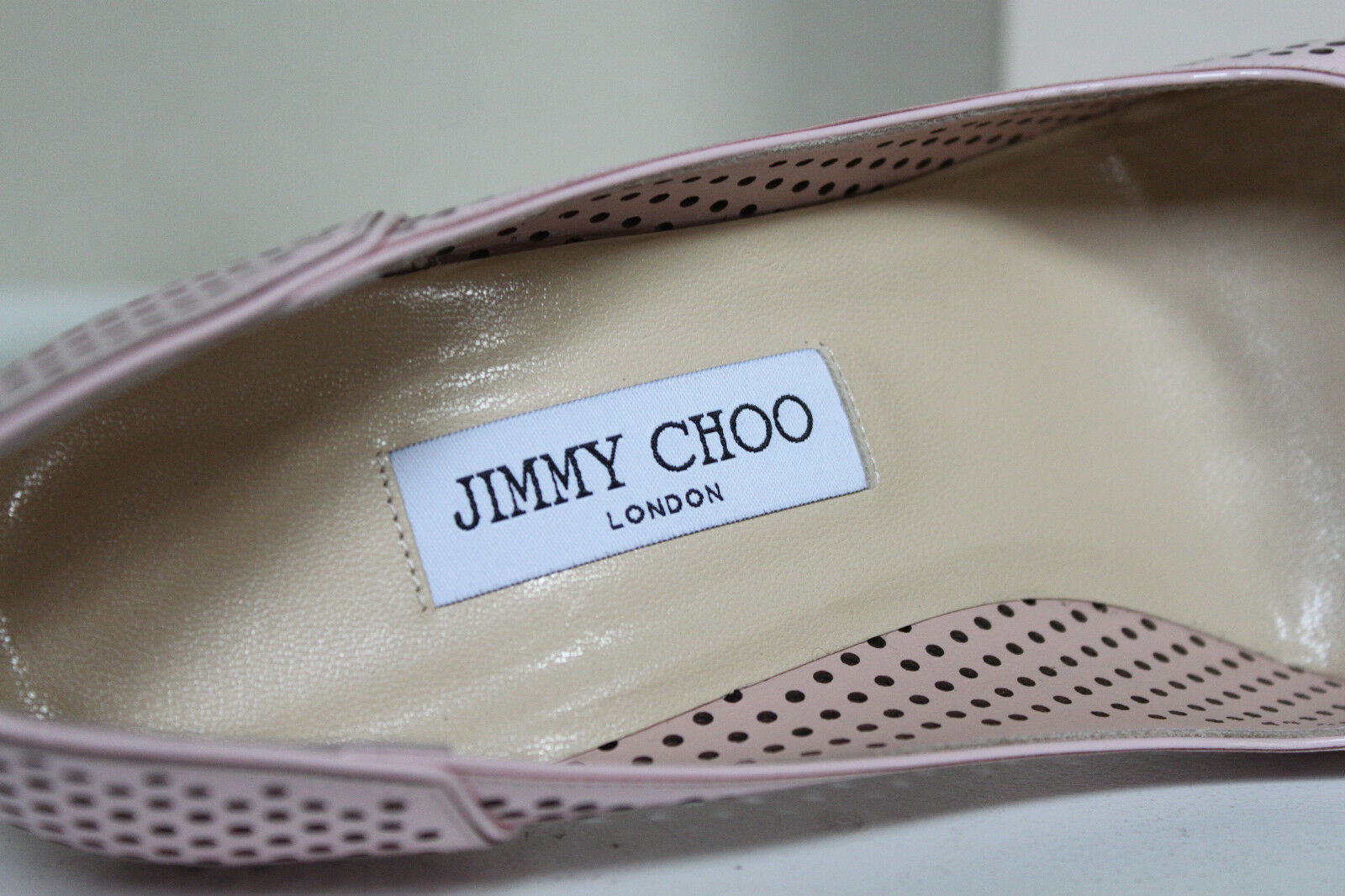 New sz 10 / 40 Jimmy Choo Abel Perforated Pink Pump Patent  Leder Classic Pump Pink schuhes 1193f2