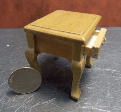 Dollhouse Miniature End Table drawer Oak 1:12 inch scale K57 Y33 Dollys Gallery